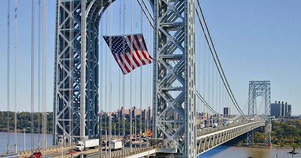 Imagem da Ponte George Washington, em Nova York, que faz parte do tour por Queens, Brooklyn e Bronx